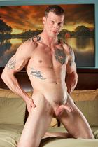 Max Steele at StraightPornStuds.com