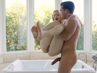 Taking a Bath Passion HD