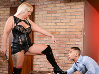Submissive Client Twenty First Sextreme