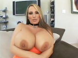 Blonde MILF Flashes her Big Tits MILFs Ultra