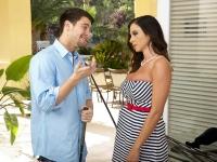 Ariella Ferrera and Seth Seduced by a Cougar
