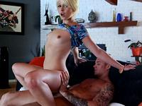 Paper Girl gets a Tip Ext Exxxtra Small