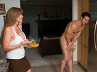 Stark Naked My Friends Hot Mom